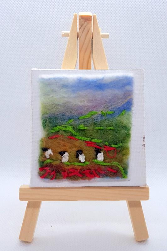 Northumberland Pastures Mini Miniature Easel 01